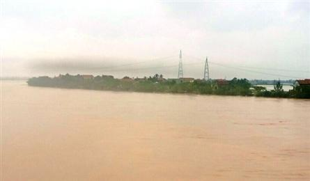 Quang Binh faces continued serious flooding