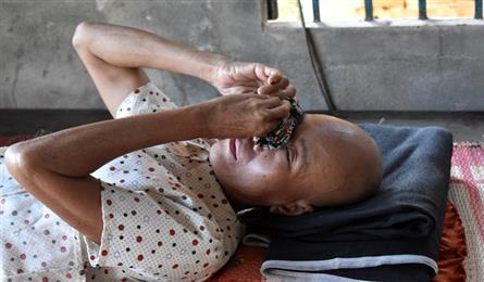 Ailing poor woman in Quang Nam in desperate need of help