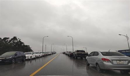 Flooding causes severe traffic congestion for national highway