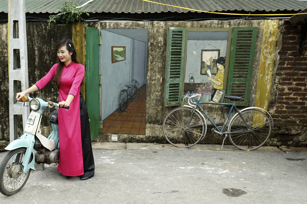 Hanoi Memories at Thang Long Royal Citadel