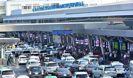 Transport ministry supports Tan Son Nhat Airport flyover