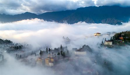 Stunning Sapa covered in cloud