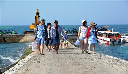Entrance fees proposed for Ly Son Island