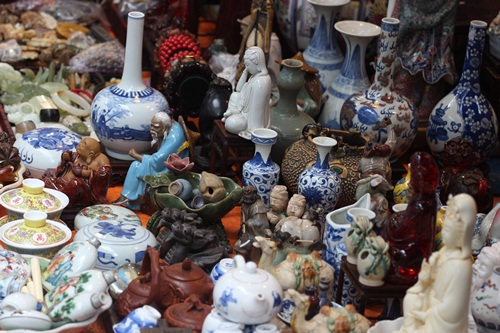 Old Quarter antique sellers usher out Lunar Year in Hanoi