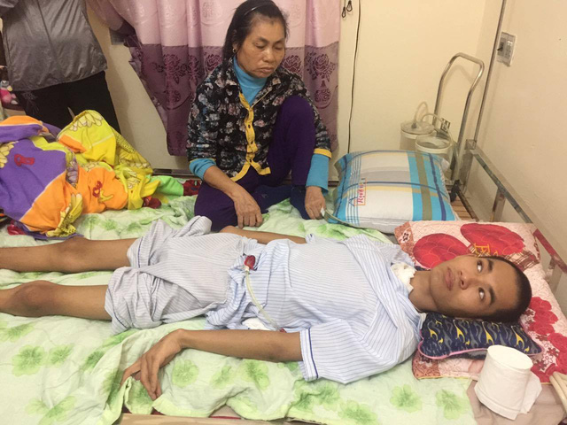 Young doctor in vegetative state needs urgent help