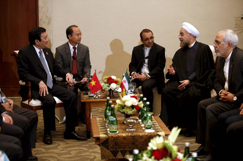 President's meetings on the fringes of Asian-African Conference