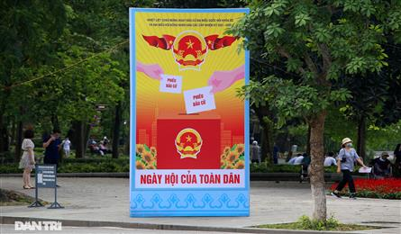 Hanoi's streets decorated ahead of election day