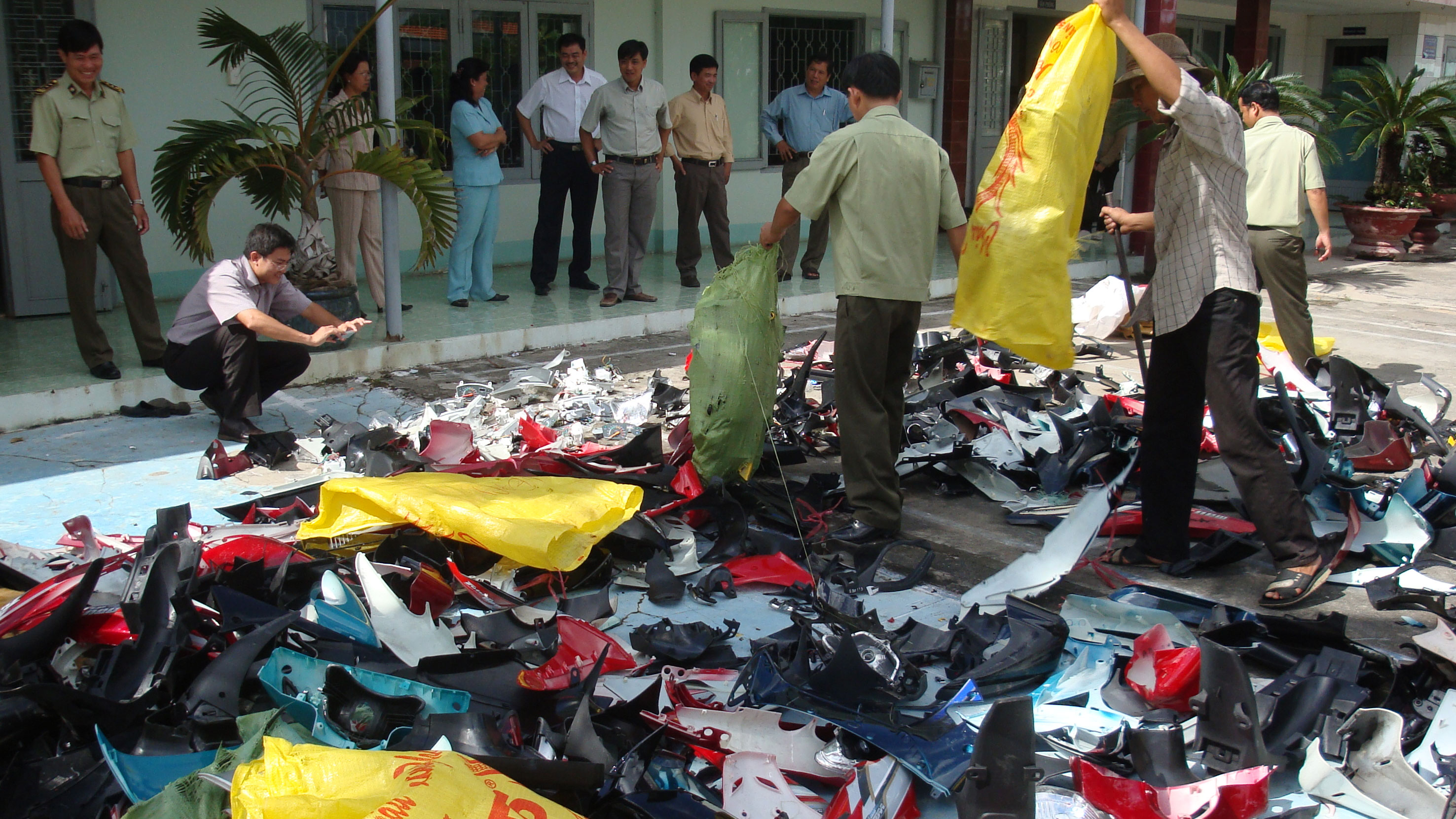 Vietnam puts the squeeze on counterfeit goods
