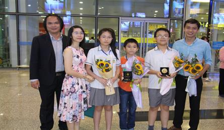 Vietnam wins four gold medals at Asia Pacific math contest
