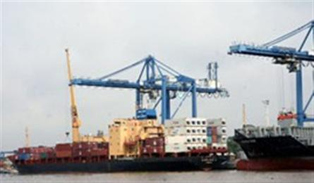 Trade deficit runs at USD1 bln in 6 months