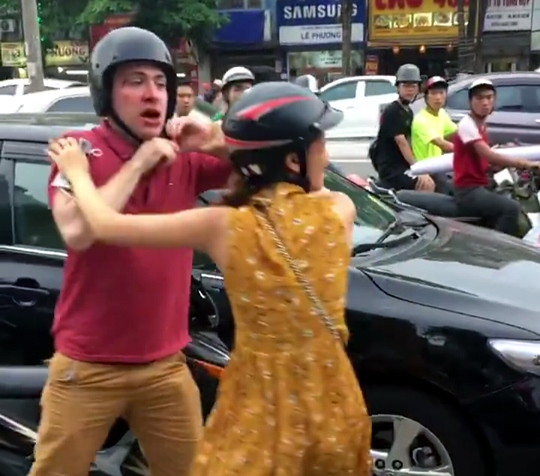 Foreigner attacked after traffic incident