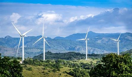 Eight wind power plants in Soc Trang to be finished by October