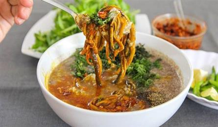Chefs face Nghe An eel challenge