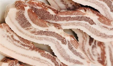 Japanese-imported pork sells well despite high prices