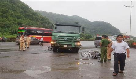 Female foreign tourist killed in Ninh Binh traffic accident