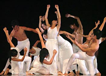 Development of contemporary dance lags in Vietnam