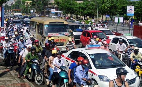 Congestion charge affects production and business activities: Expert