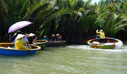 Hoi An to reopen tourist sites