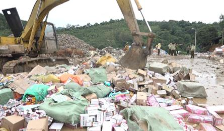 Nearly VND5bn of smuggled goods destroyed in Lang Son