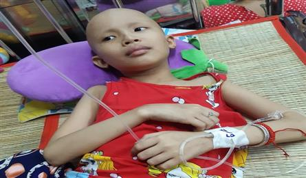 Kien Giang family calls for help for ill daughter