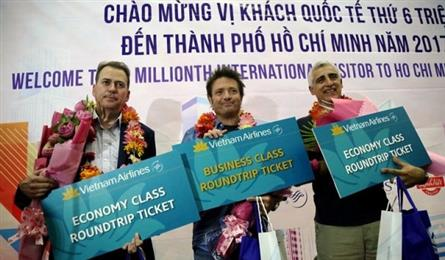 HCM City welcomes the six millionth international visitor in 2017