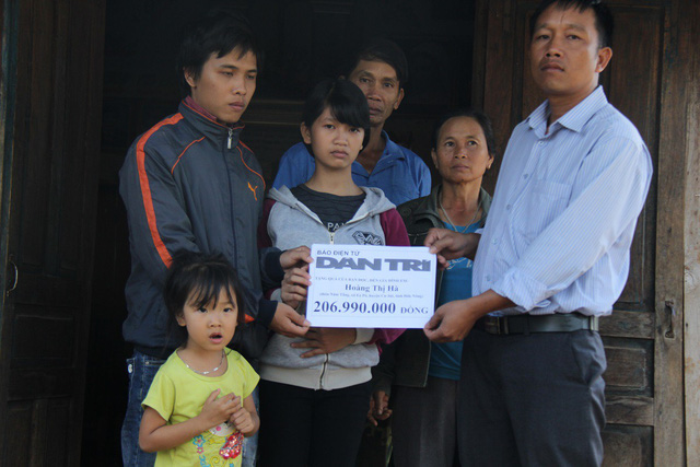 Readers donate VND207m to ill baby boy