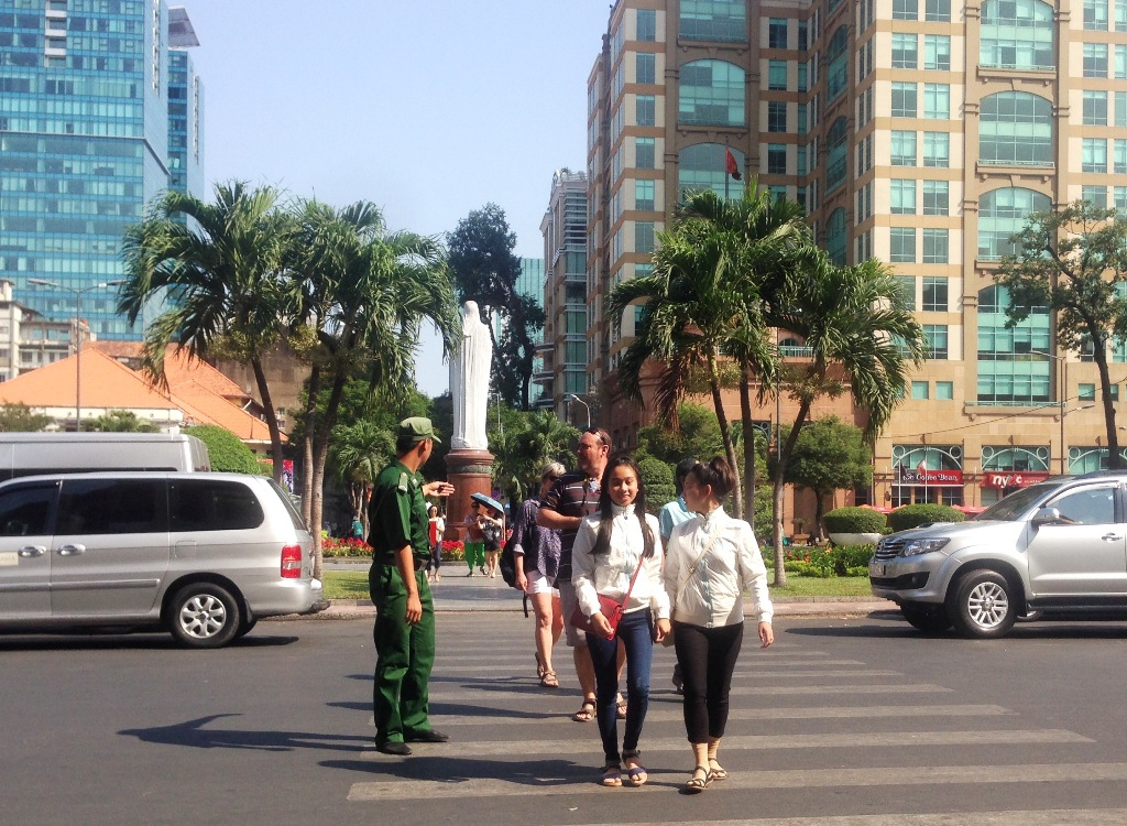 HCM City returns to tourist protection force proposal yet again