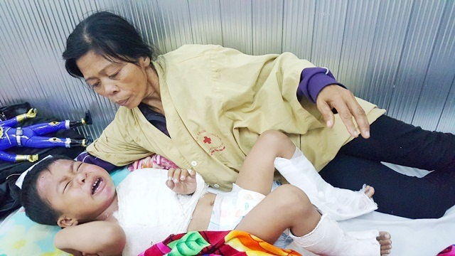 Boy orphaned in traffic collision