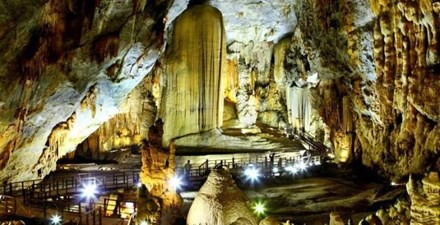 Experts oppose against holding beauty contest at Thien Duong Cave