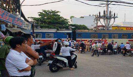Man miraculously survives being run over by a train