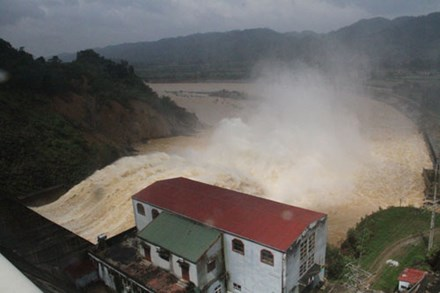 PM urges better natural disaster prevention