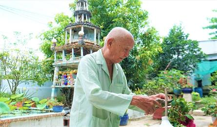 Charity and healthy diet revealed as secrets of An Giang longevity