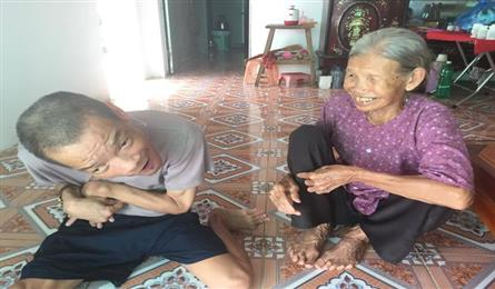Old mother gets help from readers