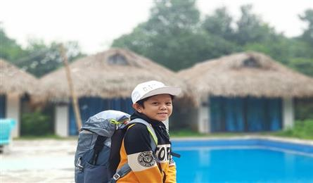 Child-like man in Ly Son finds success in tourism