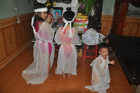 Three sisters orphaned after traffic accident