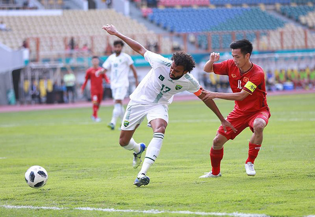 Football fans miss out on Asian Games coverage