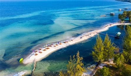 PM agrees on pilot plan to welcome foreign tourists to Phú Quốc starting October
