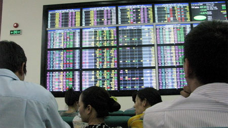 Many see bright future for stock market in An Giang