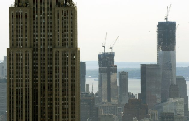 World Trade Center becomes highest NY tower