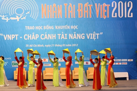 Vietnamese Talents Awards 2012 launched in HCM City