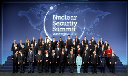 Obama urges leaders to avert nuclear 'catastrophe'