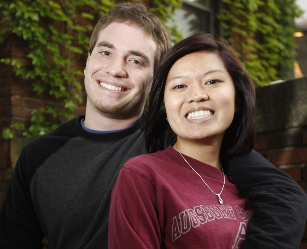 College sweethearts ready for short-long distance