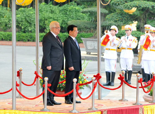 Vietnam willing to share experiences with Palestine