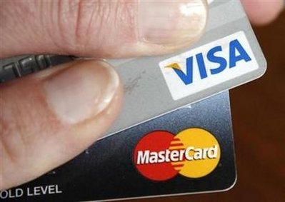 Credit card fees transfer wealth to rich, study finds