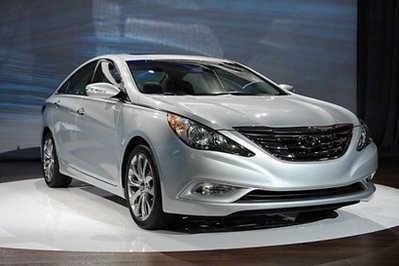 Hyundai recalls nearly 140,000 Sonata sedans in US