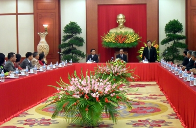 Party Chief welcomes overseas Vietnamese delegation