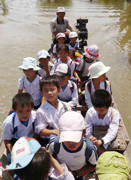Rising floodwaters causing havoc in Mekong Delta