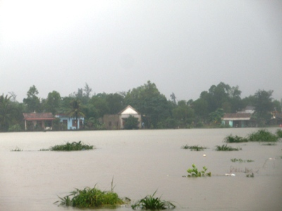 Heavy rains cause flooding in central Vietnam