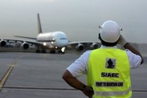 Singapore grounds superjumbos over engine woes
