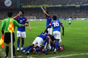 Safee strikes twice as Malaysia take three-goal lead in the first leg final